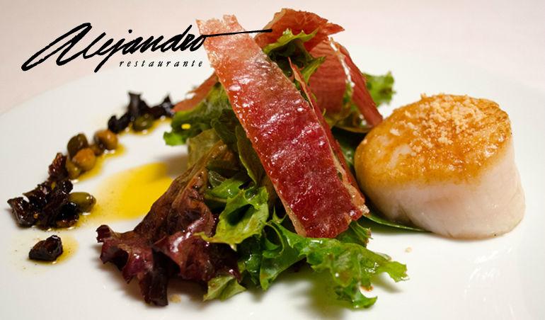 Platos de restaurante alejandro ensalada de vieiras y jam n - Platos con jamon iberico ...